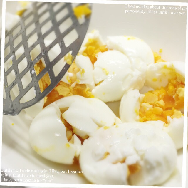 潰される卵たち